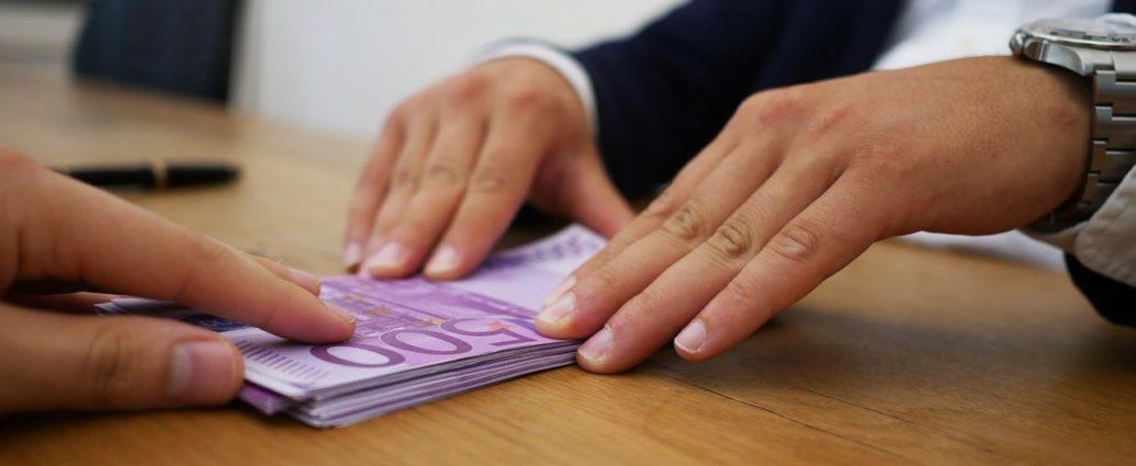 Comment investir dans l'immobilier grâce au rachat de crédit ?